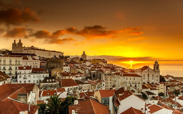 The first WedsnesDayDream of September is Lisbon, Portugal! Photo courtesy of @VisitPortugal | Portugal! #portugal #lisbon #virtualtourist