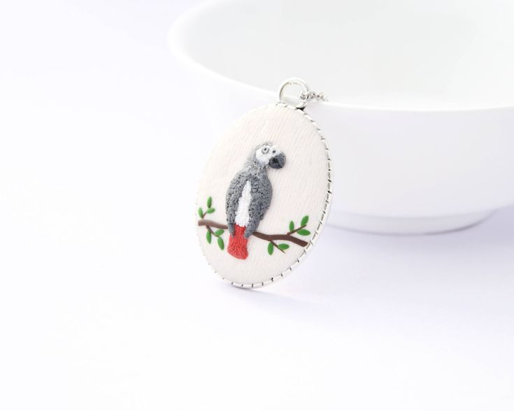 For the grey parrot lovers