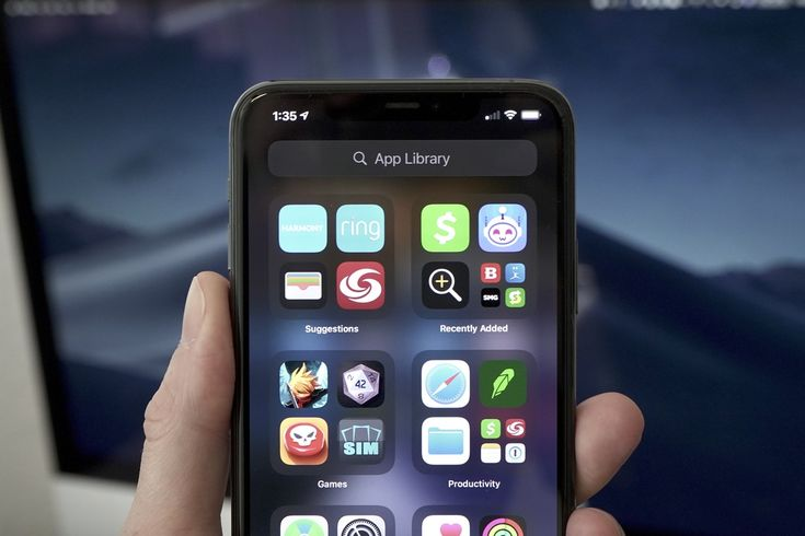 How to use the App Library in iOS 14 Library Icon, Iphone Life Hacks, Library Organization, App Drawer, Open App, Latest Iphone, Iphone Phone, Apple Mac