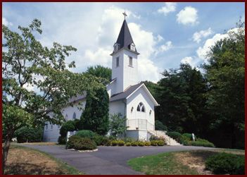 where david and i got married :)    wakefield chapel in fairfax county, virginia