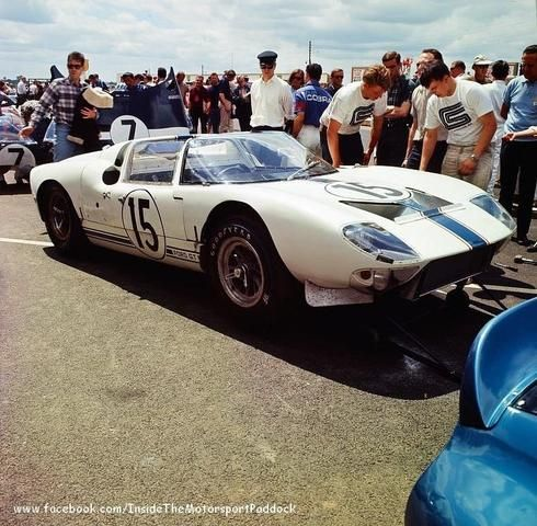 1965 le mans 24h paddock ford france with the ford gt40 roadster gt 109 nr15 trintignant. Black Bedroom Furniture Sets. Home Design Ideas