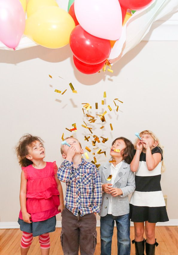 Create this DIY balloon drop and get your camera ready!