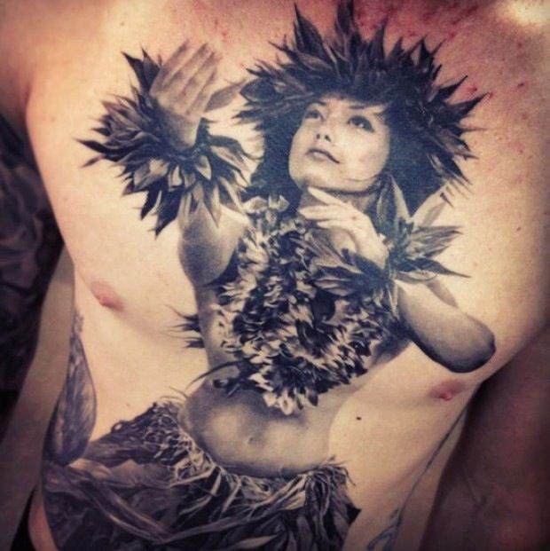 Another beautiful Hawaiian hula girl for my tattoo collage, but she would be down scaled a lot in size
