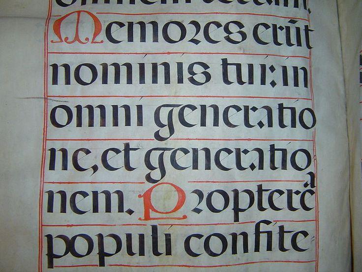 caligrafía gotica rotunda