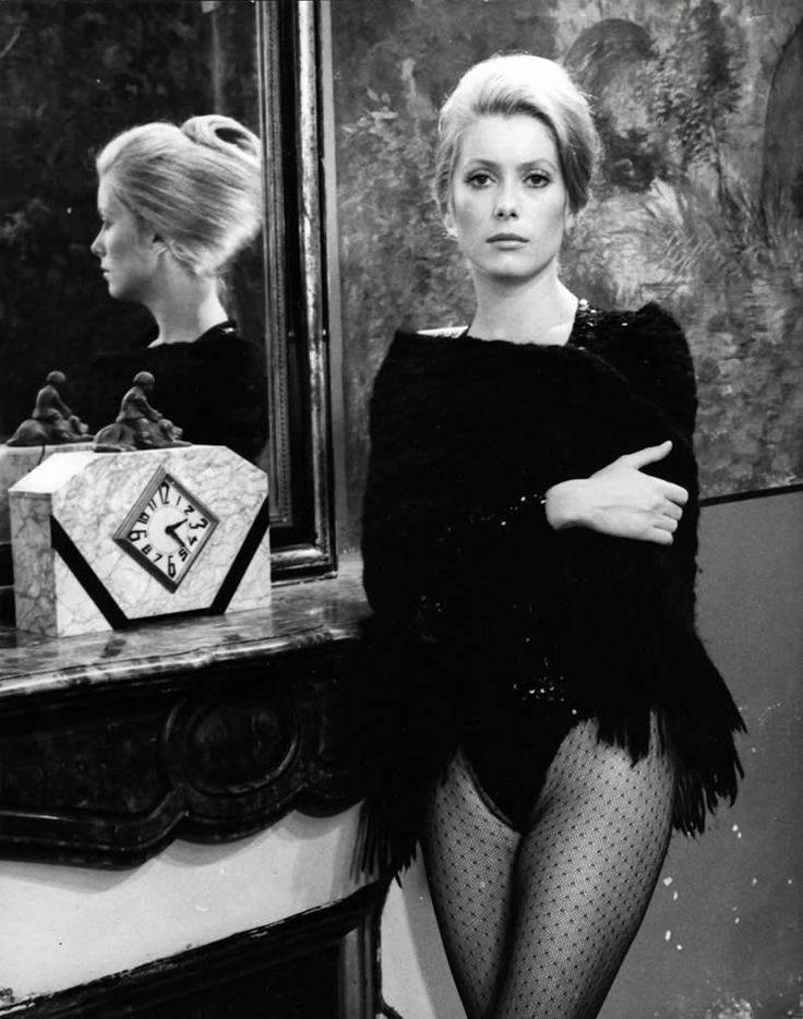 """Catherine Deneuve in """"La sirene du Mississippi"""" (1969). Director: François Truffaut. #miroir"""
