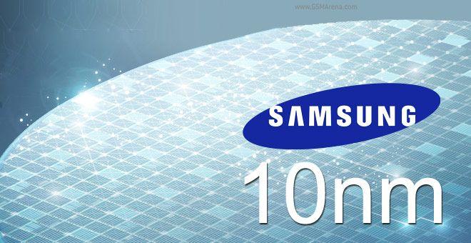 Samsung avvia la produzione dei chip a 10nm finFET http://www.sapereweb.it/samsung-avvia-la-produzione-dei-chip-a-10nm-finfet/        Samsung chip a 10nm finFET Samsung ha dato il via alla produzione di massa dei primi chip realizzati con processo produttivo a 10nm finFET. Ilnuovo processo utilizza una struttura di transistor 3D, in grado di aumentare l'efficienza fino al 30%, prestazioni fino al 27% e diminuire il co...