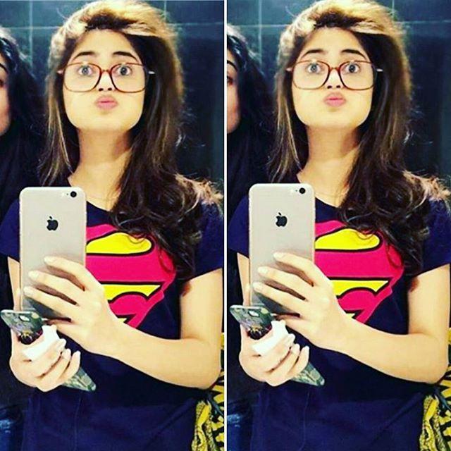 Awwww😍😍😍😍she is the cutest girl i know❤❤😙😙👌👌👌👌👌 Cuteness overloaded 💞 💞 💞 💞 💞 💞  #cutiepie 💟💟💟💟💟💟💟 #supermantshirt 😙 @sajalaly love you my princess 👑  #sajalaly #sajalali