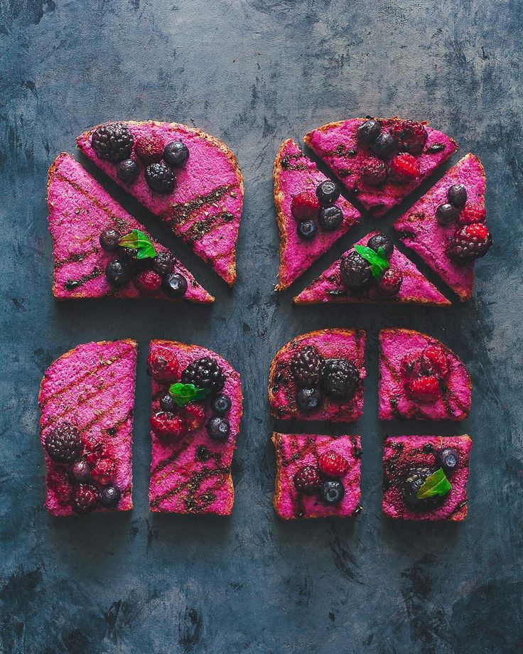 Pink macadamia cheese toasts with mixed berries and a balsamic reduction by @bjonr 💗  macadamia cheese 1 cup soaked macadamia nuts 2 tsp miso paste juice of half a lemon 2 tsp apple cider vinegar 1 tbsp nutritional yeast 1 tbsp garlic 2 tbsp melted dragon fruit / pitaya (from a frozen packet) 8 tbsp water 1/4 tsp pink salt  balsamic reduction 1/2 cup balsamic vinegar 2 tbsp coconut sugar 1/2 tsp pink salt  directions 1. all everything to your food processor except the water & melted pitaya…