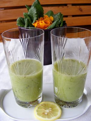 szeretetrehangoltan: Tyúkhúr-kiwi-banán ital, Tyúkhúr mint gyógynövény