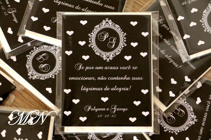 Lágrimas de Alegria em saquinhos plástico com lenço de papel e cartão personalizado. <br>Trabalhamos com todas as cores. <br>Caso já possua arte, favor enviar após a compra.