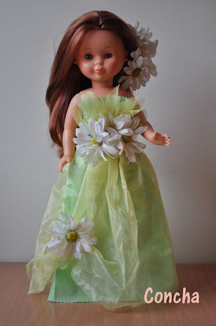 Dias de Nancys. Vestido largo verde gasa y margaritas.                                                                                                                                                                                 Más