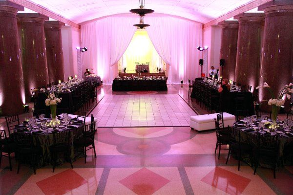 black and silver wedding reception | Beautiful Black, White and hot pink wedding theme! Very modern and ...
