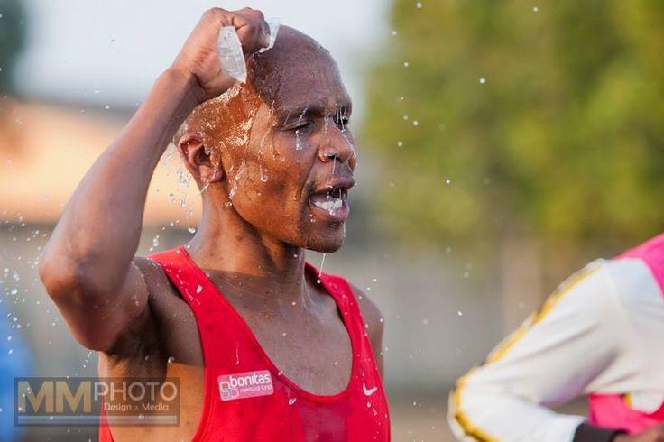 By @Wifeey Tyype Nawls Allen  this has to be one of my favorite photos of #Mandelamarathon - 2013 Mandela Marathon 42.2