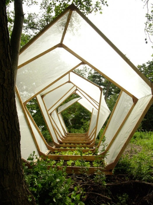 Could be a cool idea for a connected shape greenroom? © Atelier Altern & Nathalie Couineau