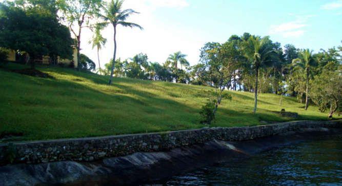 Ilha dos Porcos - Brazil, South America