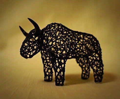 Фигурки млекопитающих созданы из полимерной глины. Серия с экспериментальным дизайном. От Новака Кости.