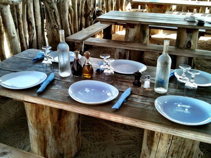 table setting at le club 55 in st tropez tables. Black Bedroom Furniture Sets. Home Design Ideas