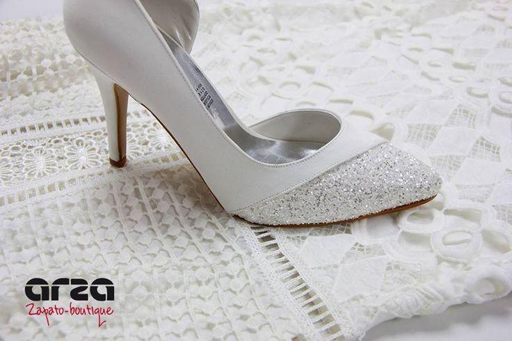 #ArzaZapatoBoutique #ColecciónEspecial #Novias #Bride #Bridetobe #Brideshoes #Inlove #Shoelover