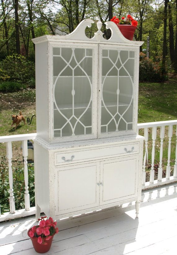Shabby Chic Antique China Cabinet/Hutch by Nottheendoftheroad, $325.00 - Best 25+ Antique China Cabinets Ideas On Pinterest Antique China