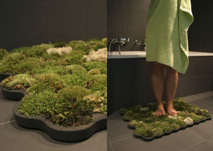 this mat is made of imputrescible foam called plastazote. Each cell contains a piece of moss. The humidity of the bathroom and the drops flowing from the body, water the mosses.