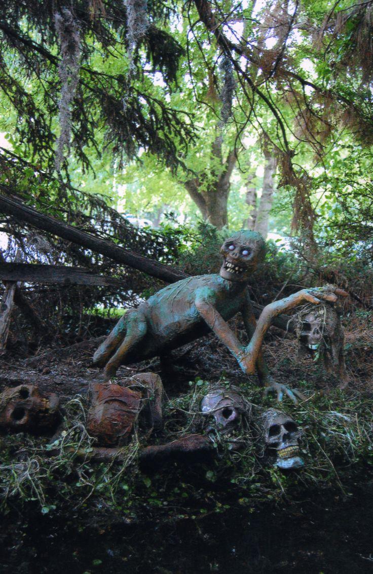 Best 20+ Yard haunt ideas on Pinterest   Halloween graveyard ...
