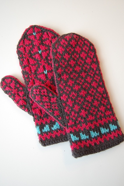 Girdwood Mittens pattern by Mandy Powers | Mittens, Mittens Pattern ...