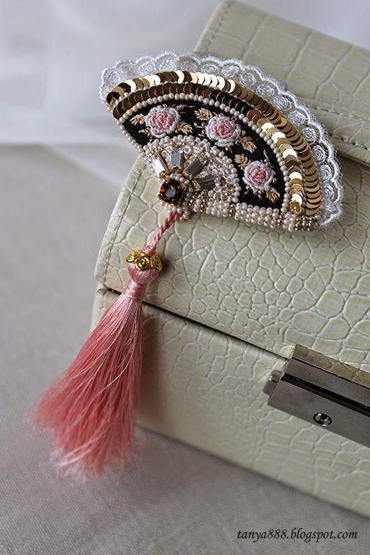 Татьянина мастерская; brooch