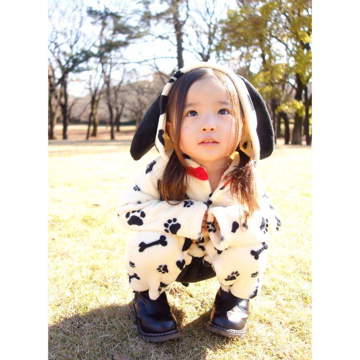 いいね!460件、コメント3件 ― @sarasara718のInstagramアカウント: 「. . Dog costume♡ . 今年は戌年 U·ᴥ·U ということで、犬になりました♡ . 素敵な一年になりますように✩ . ブログに別ショット載せました。 . #kids…」