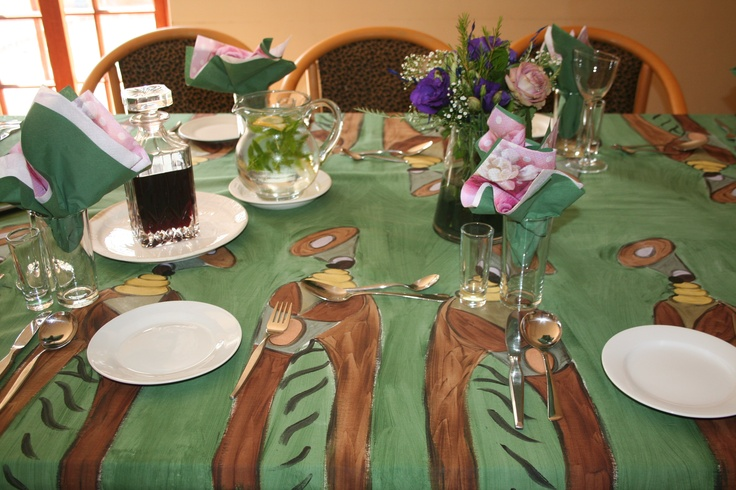 Ladies of Africa on a Green background.  Dinner for 10. To order www.dmgdesigns.co.za