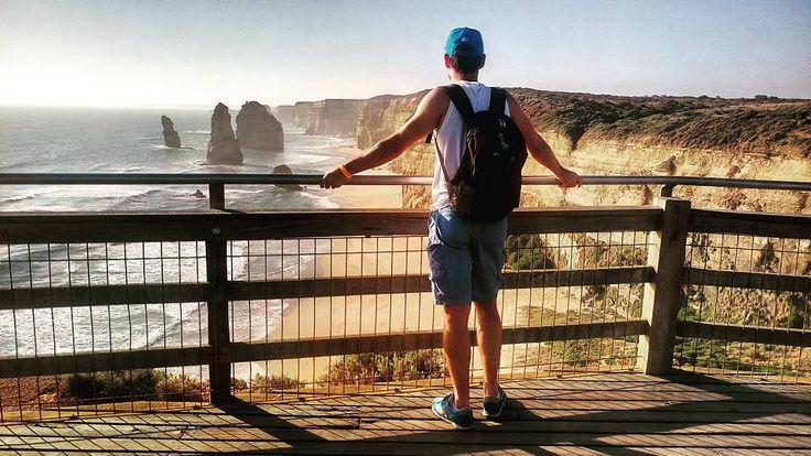 Жемчужина #GreatOceanRoad -  7 огромных  скал в океане называющихся видимо для большей привлекательности #12апостолов ( раньше  их было 8) #Австралия #Виктория #австралияграм  #путешествия #travelling by feel_my_energy