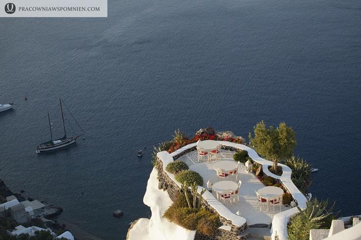 popular wedding destination - Oia Santorini