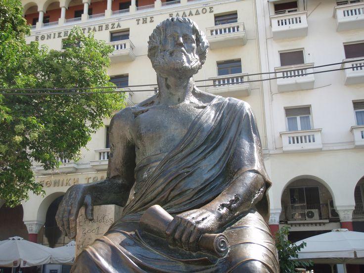 Aristotle statue in Aristotle square, down town Thessaloniki.