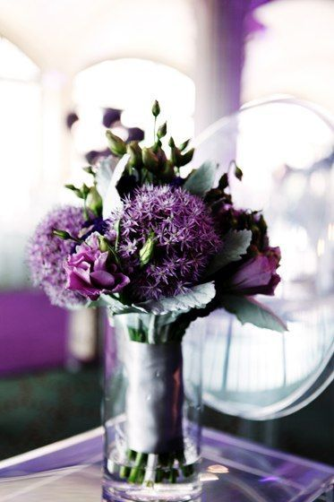 Would have never thought of putting the large purple flowers in a bouquet but it's pretty!