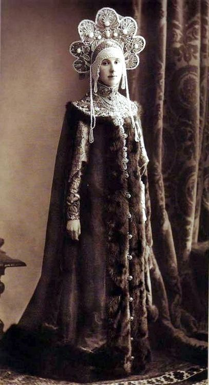 Maria Lopukhina at the costume ball in Winter Palace, Russia, 1903.