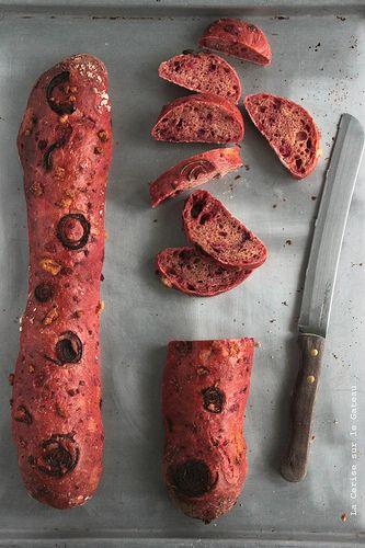 bet'083 Baguette à la betterave, oignons rouges et féta