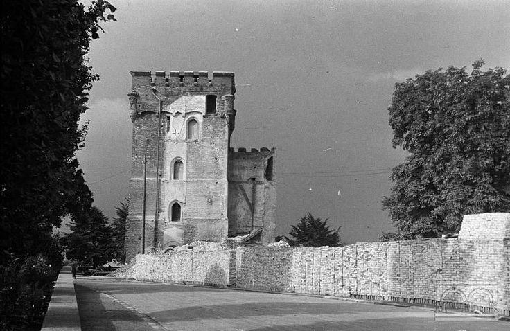 Wawel - baszta Złodziejska, prace budowlane rok 1946