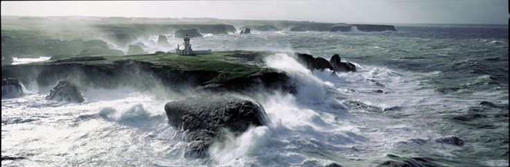 Pointe des Poulains on a day of tempest. Photo from Philippe Plisson.