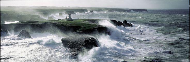 Bretagne... Belle-Île - Photo Philip Plisson