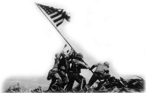 Fotografia, hoje classificada em 68.º lugar entre os cem melhores exemplos do jornalismo do século XX, virou monumento. Soldados americanos hasteando a bandeira americana no monte Suribachi.
