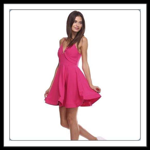 """🆑 Closet Clear Out! Structured Pink Dress💕 THIS LISTING IS FOR SIZE """"M"""" (Junior sizes)  Comes in S, M, L / check my closet for other available sizes😀Quantities are limited! 100% Polyester. Adjustable straps. Skirt has lining and stiff hemline that adds to structured shape. Comes with pads, bra not a necessity! Grab yours now💕 Brand New Retail. Sorry 🚫 Trades. Tea n Cup Dresses"""