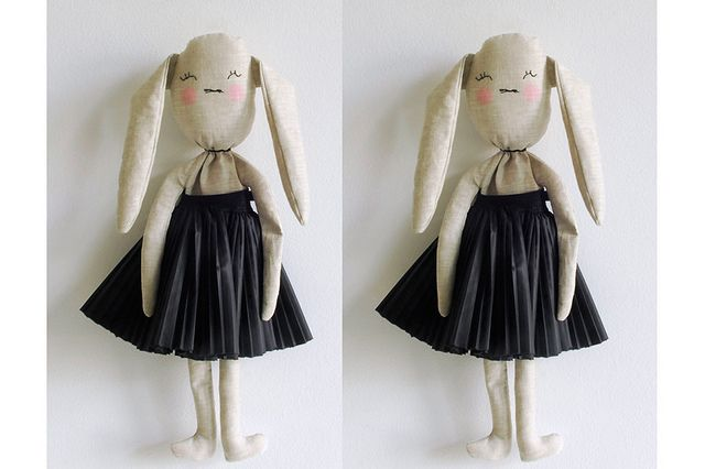Does it get any cuter? Bunny by lieschenmueller, via Flickr: Chic Bunnies, Cars Collection, Cuter, Twin Dolls, Dream Cars, Photo Shared, Dolls Puppets, Dolls Softies, Dolls Animal Bunnies