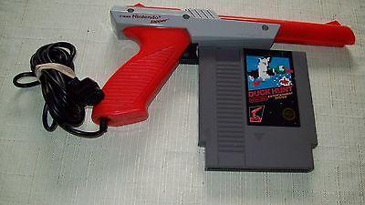 Super Mario Bros/Duck Hunt NES Game Nintendo with ZAPPER GUN