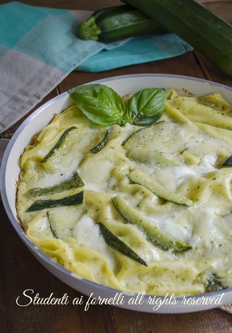#lasagne con #zucchine #pesto e #stracchino in padella senza forno estate ricetta veloce facile gustosa