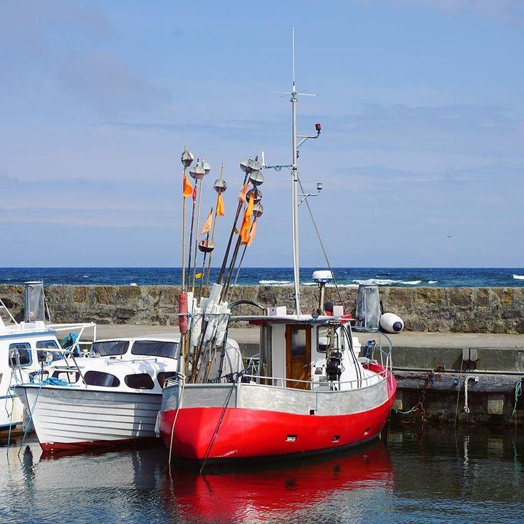 #bornholm #dania #denmark #europe #europa #wyspa #island #sea #morze #bałtyk #podróże #kuter #fishing #boat #travel #podroz #voyage #wyprawa #przygoda #adventure #trip #tramping #tourist #travelblog #instatravel #familytravel #blogpodróżniczy #polishtravelblogs http://tipsrazzi.com/ipost/1508939555407328582/?code=BTw1IfrlvVG
