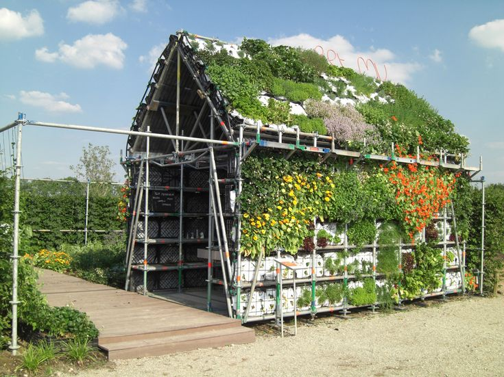 Eathouse by Marijke Bruinsma & Marjan van Capelle