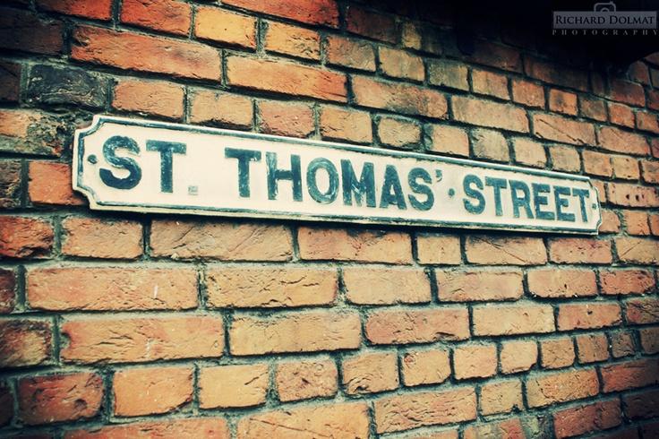 St. Thomas St.