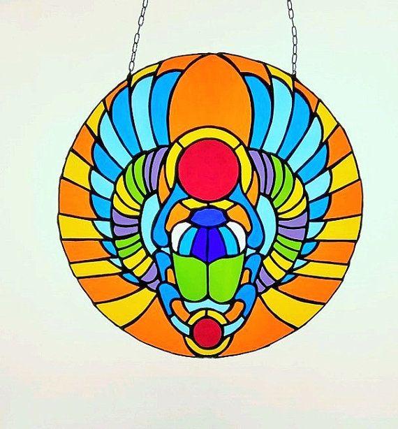 Symbole du soleil scarabée égyptien scarabée vitrail