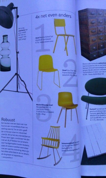 4 gele stoelen