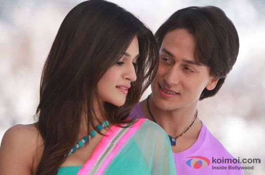 Kriti Sanon and Tiger Shroff in a still from movie 'Heropanti'