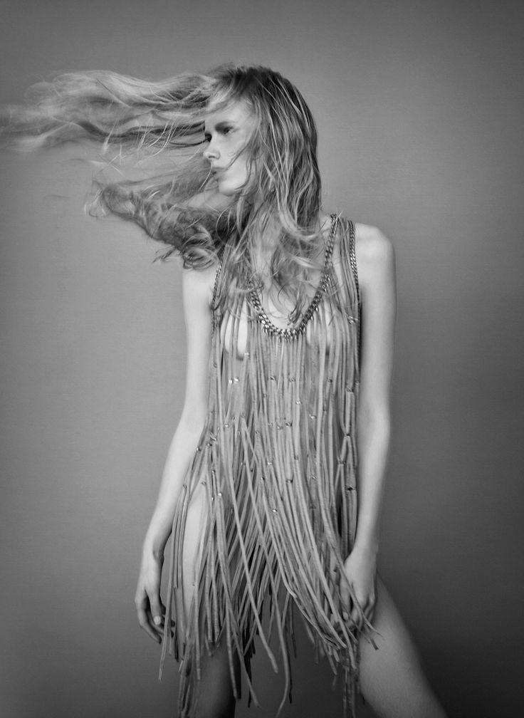MODERN WARRIOR Iseason #calendar 2015 JosephCardo with LiberiCreativi   #fashion #photography #season #2015 #blackandwhite #biancoenero